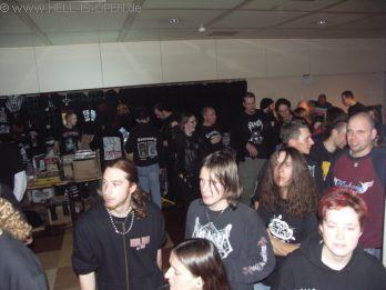 Fans bei HAEMORRHAGE