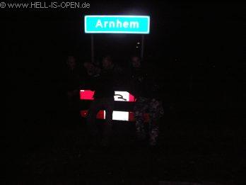 Misslungenes Abschlussfoto von Arnhem