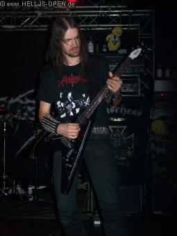 Fette Gitarren sind bei Dismember Pflicht