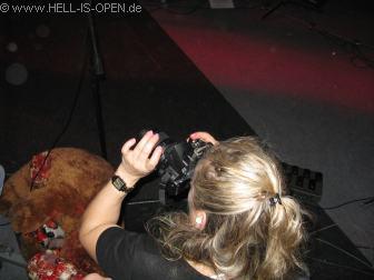 Veranstalterin Petra sorgt persönlich für ein paar Fotos für die Metal Cruise Website