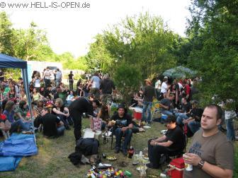 """Gemütliche Grill und Saufparty mitten auf dem """"Festivalgelände"""""""