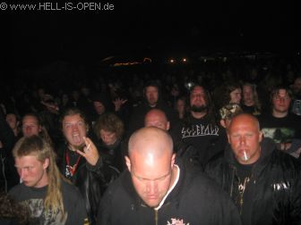 Fans bei BOLT THROWER