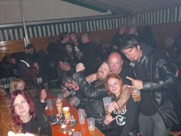 Mitch, Blackie und das Schwedische Paar Eva und Tomas
