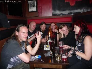 Treffen mit Katia, Tomas, Eva und den anderen Englischen Schluckspechten
