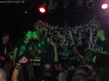 Necrosadistic Goat Torture springen kurzfristig für Permafrost ein, da alle Bandmitglieder bei dem Gig im Purple Turtle anwesend waren.