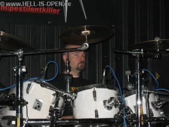 Drummeister Bob Bagchus