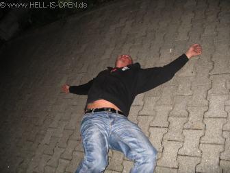 Abschluss eines geilen Abends vor dem Hotel