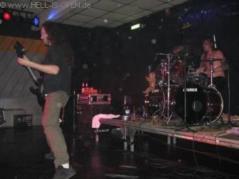 Mal schnell einen Gast-Gitarrist bei ROMPEPROP auf die Bühne geholt
