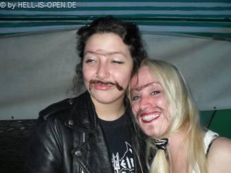 Sumy und Dee aus London