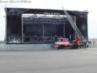 Problemfall: Bühnendach weggeweht Kann die Feuerwehr helfen?