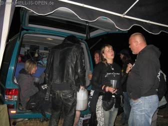 Hell-is-open Camp gegen 3:00 Uhr nachts
