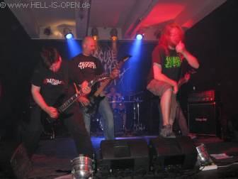 Pyometra mit Death Metal aus Frankfurt