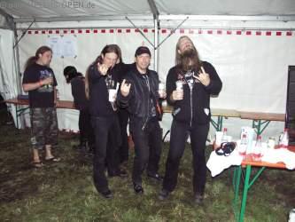Backstage Ted und Johan von AMON AMARTH Ted hat hier einen Radler in der Hand und war ganz entsetzt darüber dass man Bier mit Sprite verunreinigen kann ;)