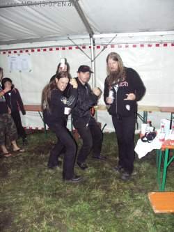 Backstage Ted und Johan von AMON AMARTH Johan wollte unbedingt einen Underberg. Wusstet ihr das Johan lieber Underberg wie Jägermeister trinkt? Jägermeister sei zu süß.