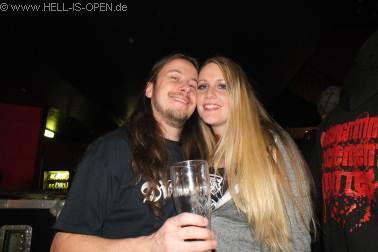 Paul von ASPHYX mit seiner Freundin Alicia aus den USA