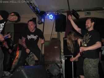 GOREGAST sogar Jocke Ringdahl von Paganizer rockt mit
