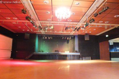 Der Konzertraum kurz vor dem Gig...