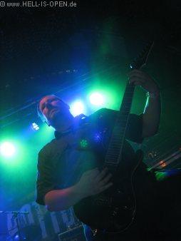 Lay Down Rotten mit Ersatzmann an der Gitarre