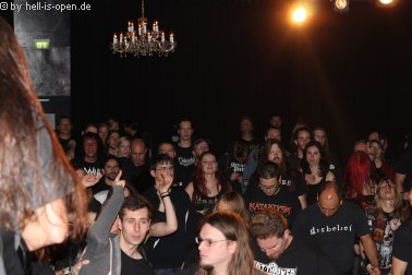 Lay Down Rotten und Fans