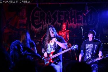 Eraserhead aus Limburg sind mit ihrem groovy Death Metal heute der Headliner