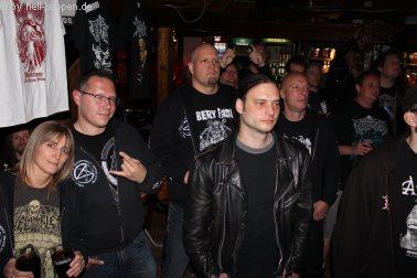 Fans bei Tridentifer