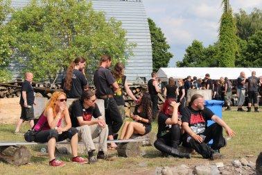 Fans auf dem Festivalgelände