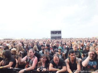 Fans bei Rotting Christ