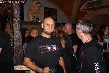 Aftershowparty im ATG Mainz Gittarrist Jari von Torture Killer 02:17 Uhr