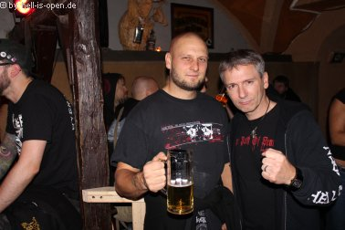 Aftershowparty im ATG Mainz Gittarrist Jari von Torture Killer und HIO Pit 02:17 Uhr