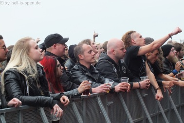 Fans bei Tribulation