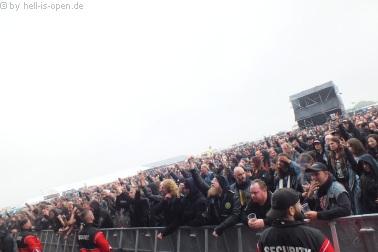 Fans bei WOLFBRIGADE