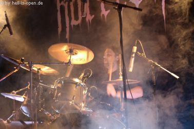 Horresque aus Limburg/Mainz bei ihrem ersten Live-Gig Drummer Matze