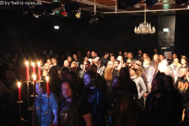 Horresque aus Limburg/Mainz bei ihrem ersten Live-Gig sind die Fans begeistert