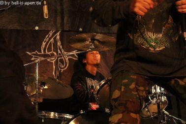 Humiliation aus Malaysia reißen mit ihren Bolt Thrower Riffs die Hütte ab