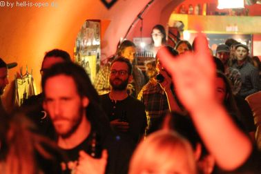 Fans bei The Wiring