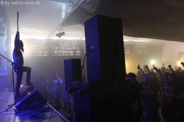 ARROGANZ mit blackened Death Metal