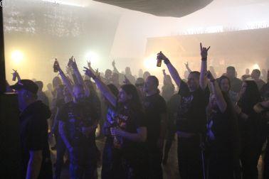 Fans bei ARROGANZ