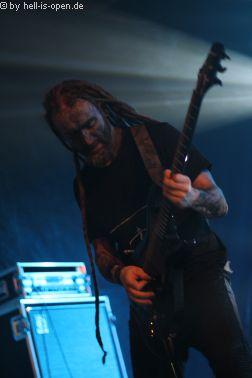 KRATER mit Black Metal