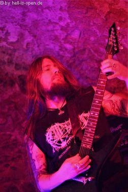Decrepid aus London Gitarrist Danny