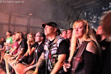 Fans bei Deserted Fear