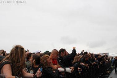 Fans bei Demolition Hammer