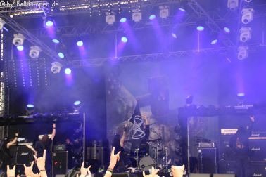 Vital Remains liefern eine brutale Live-Show ab!