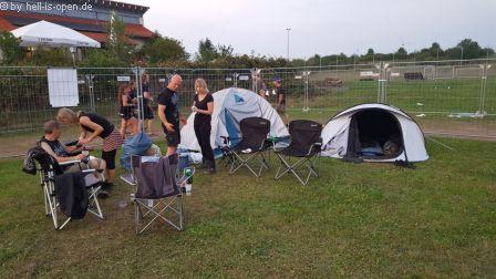 Samstag Abend Teils wurde das Lager schon geräumt...