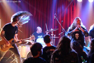 Deathrite mit D-Beat infected Death Metal