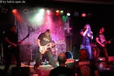 Aeon of Disease sind mit ihrem Death Metal der Opener auf dem Path of Death 7