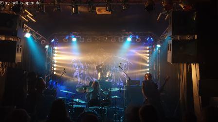 Panzerfaust mit Black Metal aus Kanada