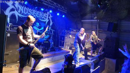 Endseeker  mit old school Death Metal