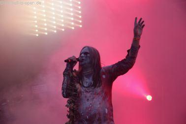 ASCENSION mit Black Metal