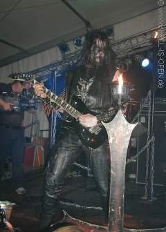 John der Sessiongitarrist von Watain
