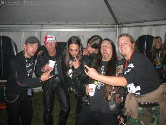 Hell-is-open Backstage mit DESASTER